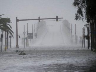 AP_hurricane_matthew4_ml_161007_4x3t_384-37186aec30b499ab57086b929e15c7ae3727acc7