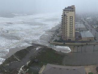 HT_flooding_hurricane_matthew_cf_161007_4x3t_384-a853f79e603ffc5e838cf305d92e1455f284c8f4