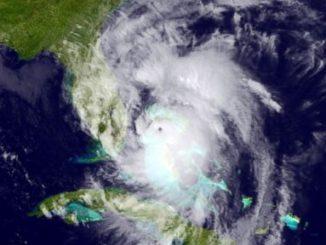 ap_hurricane_matthew_satellite_01_mt_161006_4x3t_384-3c8dc352d82b108e9abf29f547e8477e9b9e697f